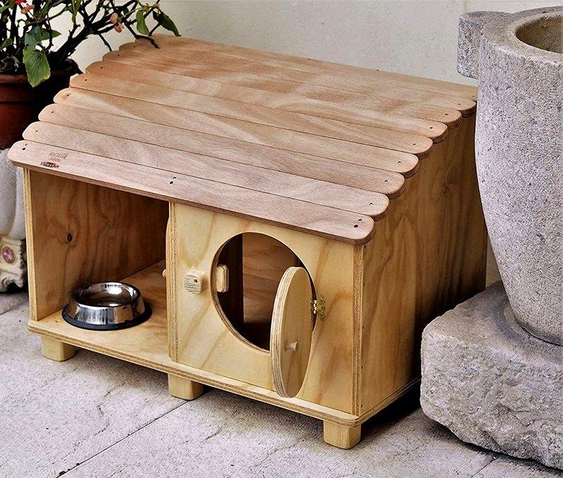 дом для кота с дверками
