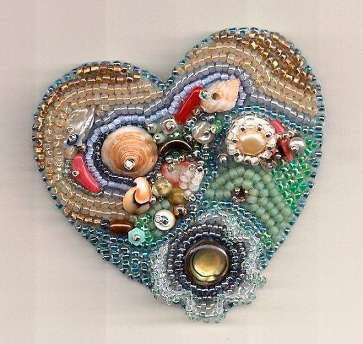 сердце вышитое бисером