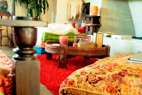 восточный декор - уютная комната