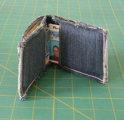 кошелек из старых джинсов