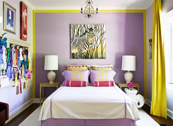 дизайн спальни в сиренево-желтых цветах