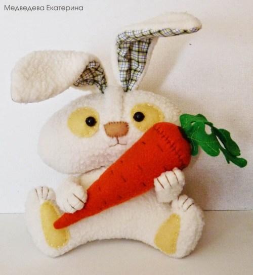 Игрушка заяц 1