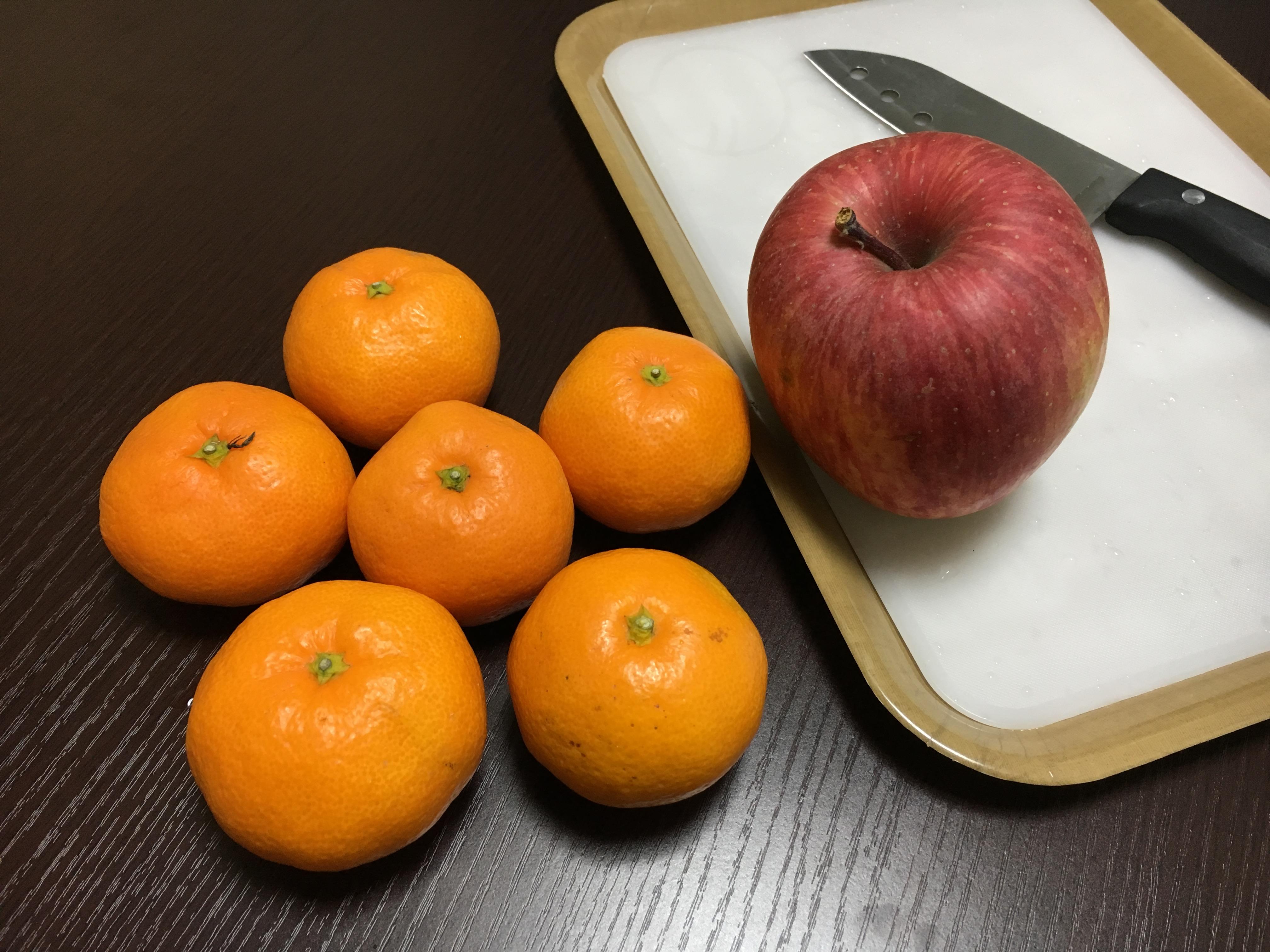 【3時のおやつ】みかん&りんご