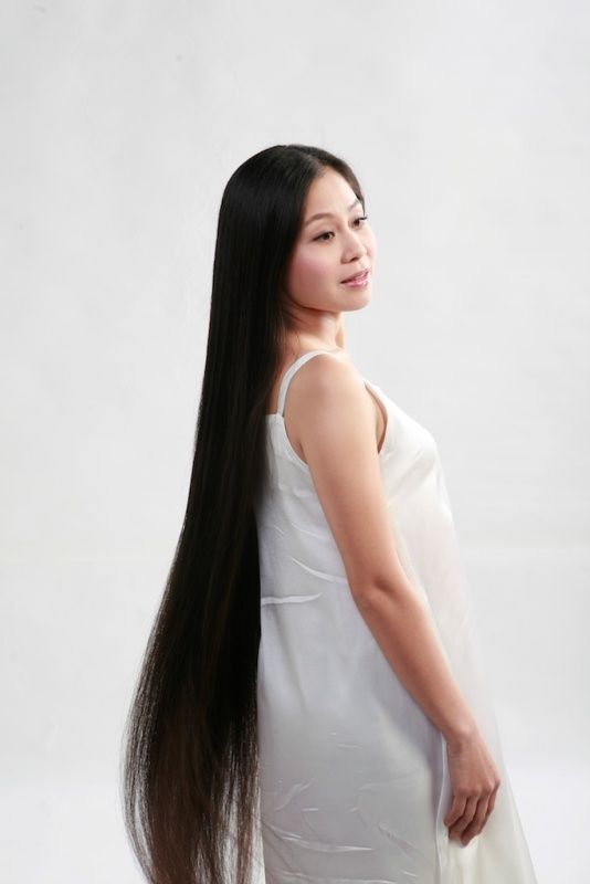 Beautiful Pan Yongyan Beautiful Long Hair