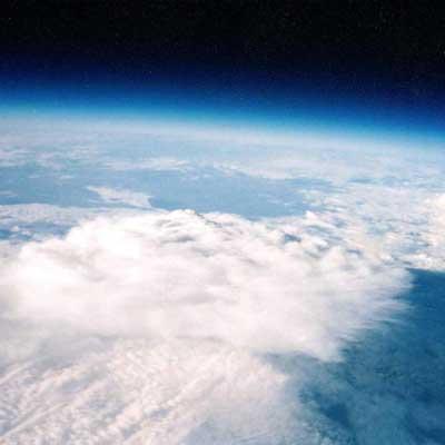 opname van 25 km hoogte