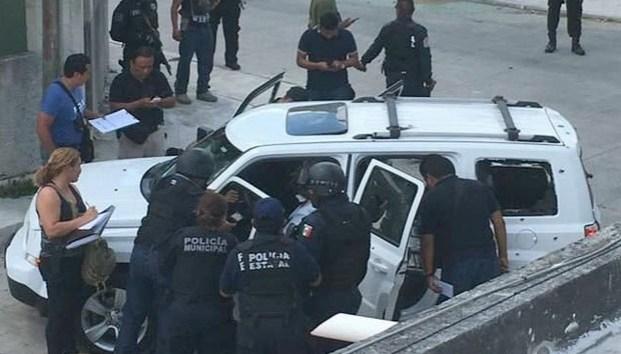 Querétaro : Balacera en Plaza del Parque, hay un muerto y detenidos 3 presuntos asaltantes