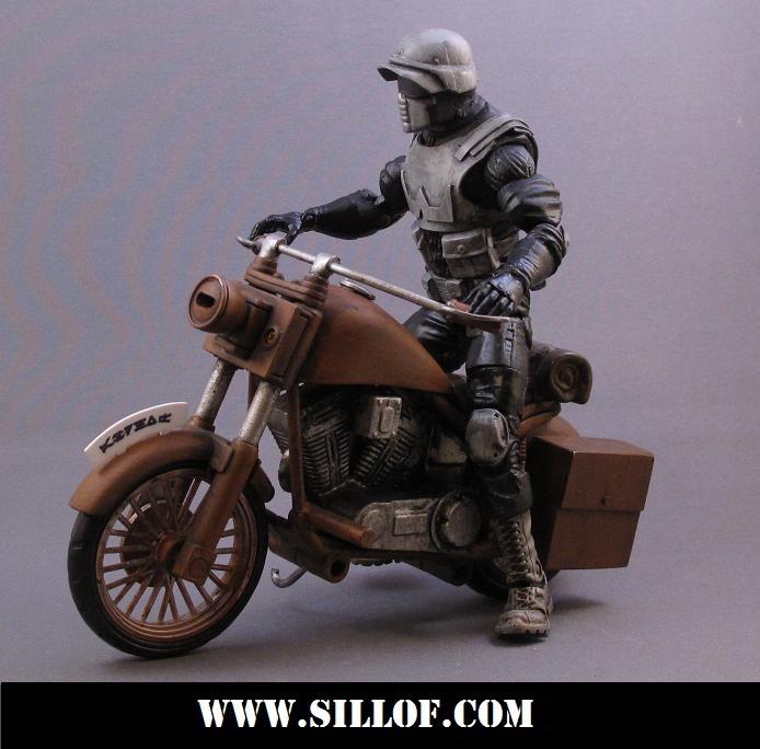sw1942-bikerb