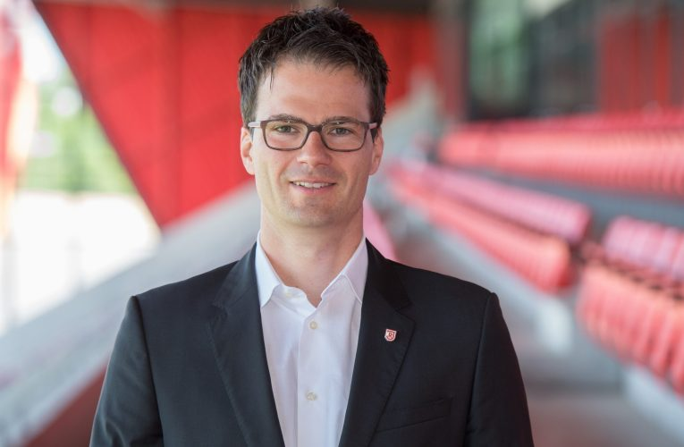 Philipp Hausner folgt Dr. Christian Keller beim SSV Jahn