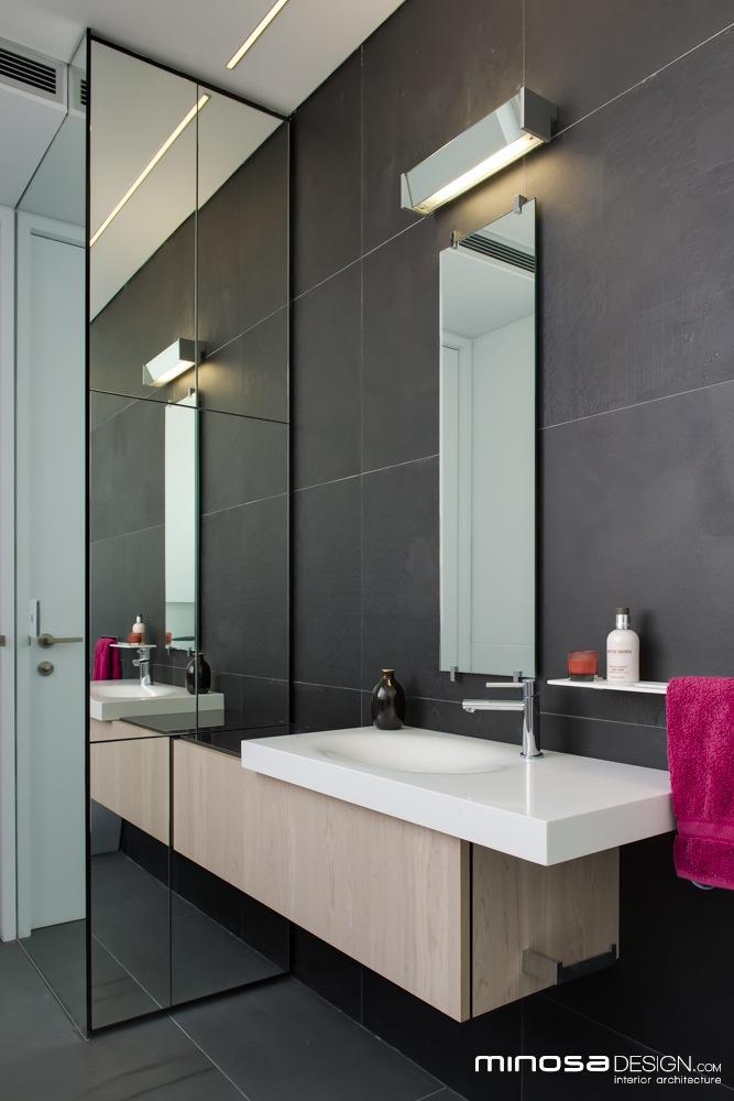 Narrow Bathrooms Can Be Effective HomeAdore