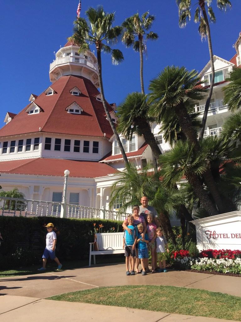 Hotel Del Coronado photobombed
