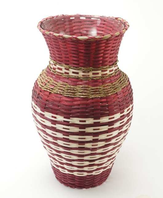 Dolly Barnes maroon basket vase