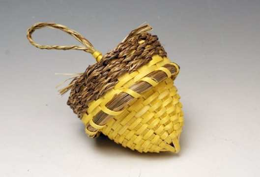 Geo Neptune Miniature Yellow Acorn Basket