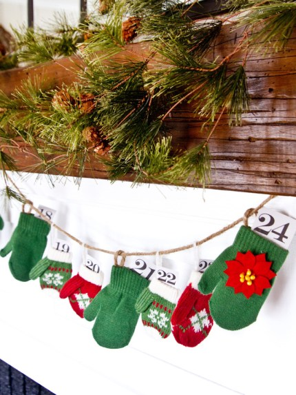Mitten Garland Advent Calendar