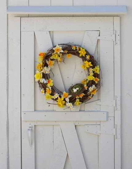Daffodil Wreath