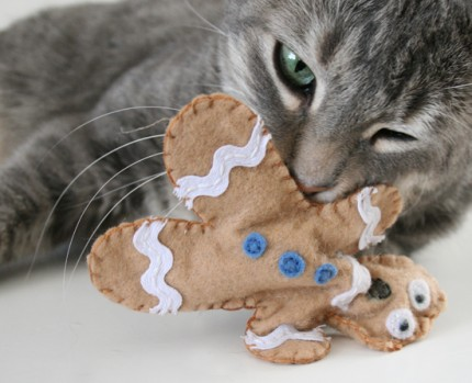 Distressed Gingerbread Man CatToys