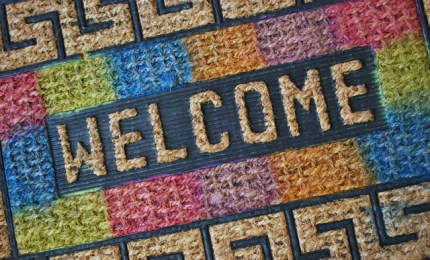 Colorful DIY Doormat @craftgossip