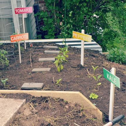 Ombre Garden Markers @craftgossip