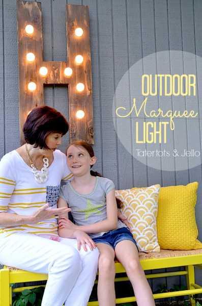 outdoor-diy-wood-marquee-light