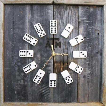 diy-clock-dominoes