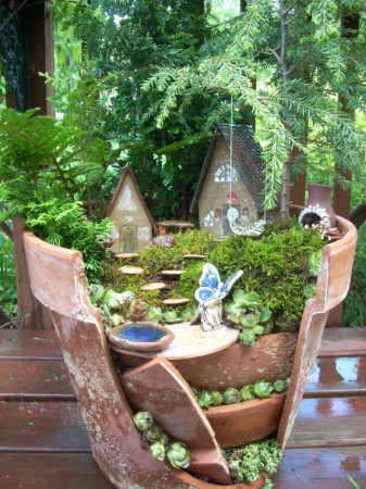 fairy-in-a-borken-pot