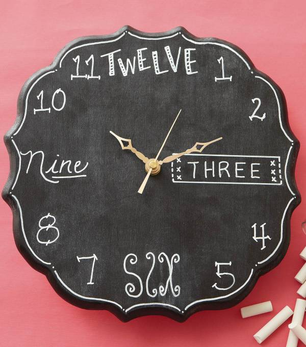 8 creative diy ideas to make your own decorative clocks. Black Bedroom Furniture Sets. Home Design Ideas