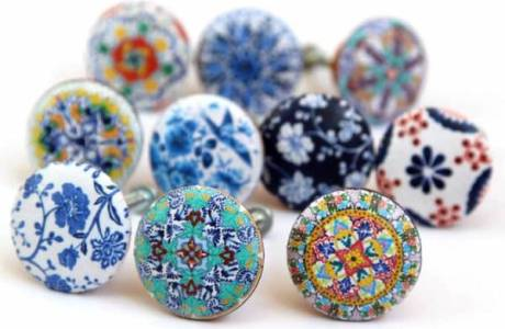 DIY Designer Decoupage Door Knobs