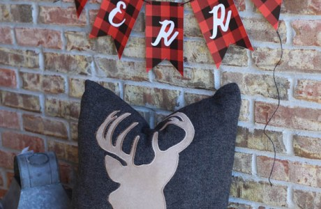 Free Printable – Christmas Plaid Bunting