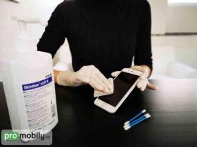 čistění mobilu