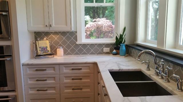 introducing dove gray arabesque tile
