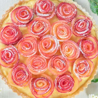 apple rose tart, apple rose, apple roses, apple rose recipe, how to make apple roses, apple tart, apple tart recipe, Mother's Day recipe, Mother's Day recipe idea, tart recipe, how to make tart