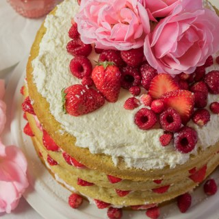Berry Layer Cake
