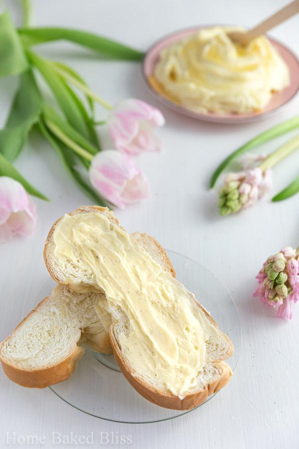 vanilla honey butter, homemade honey butter, honey butter, honey butter recipe, vanilla honey butter recipe, how to make honey butter, homemade honey butter recipe, easy honey butter, butter recipe, flavoured butter recipe