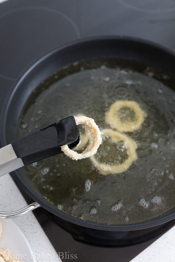 Incredibly crispy onion rings! Coated in panko crumbs and deep fried.