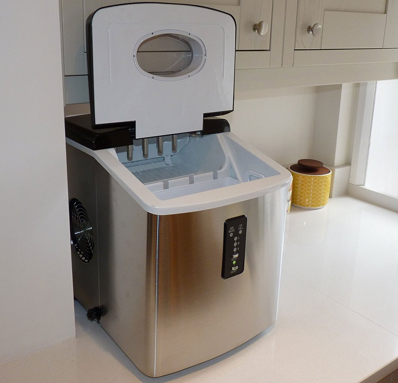 ThinkGizmos portable ice maker - probably the BEST portable ice maker this year!