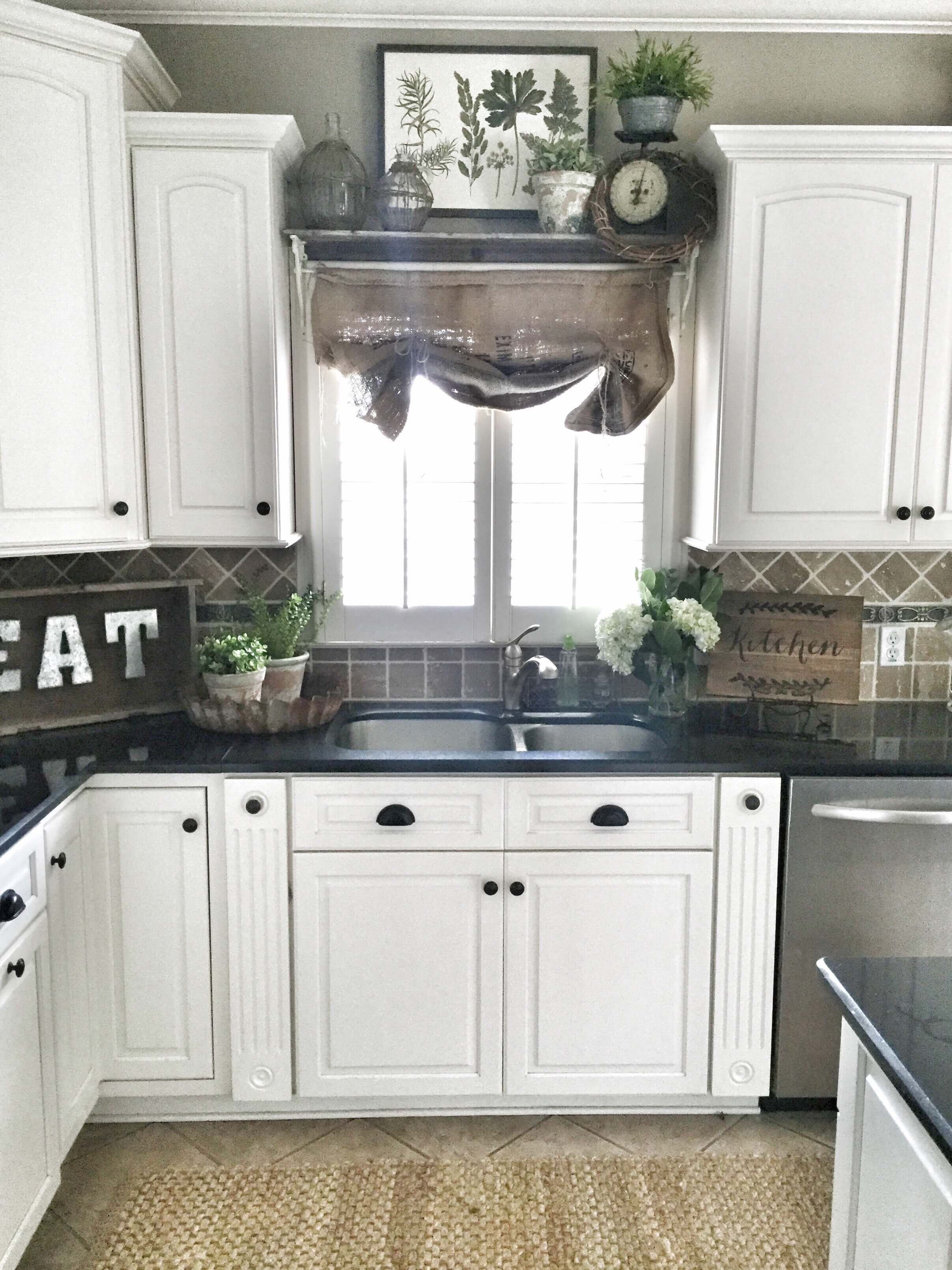 Best Kitchen Gallery: 23 Best Kitchen Cabi S Painting Color Ideas And Designs For 2018 of Kitchen Cabinet Color Ideas on rachelxblog.com