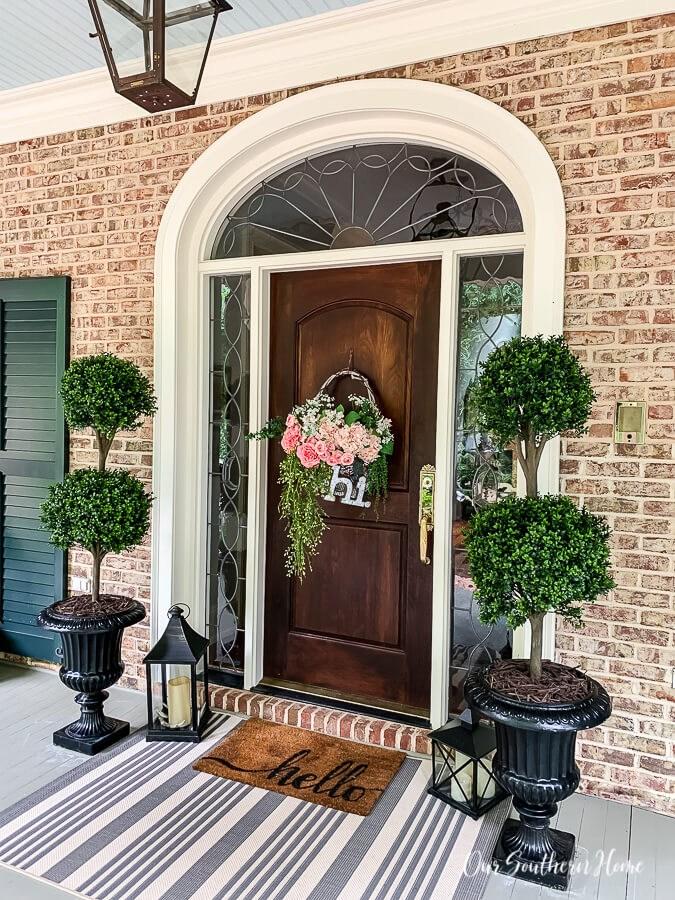 29 Best Front Door Flower Pots Ideas And Designs For 2020 | House Front Step Design | Aspen Designer Home | Simple | Mansion | Curved | Entrance Home
