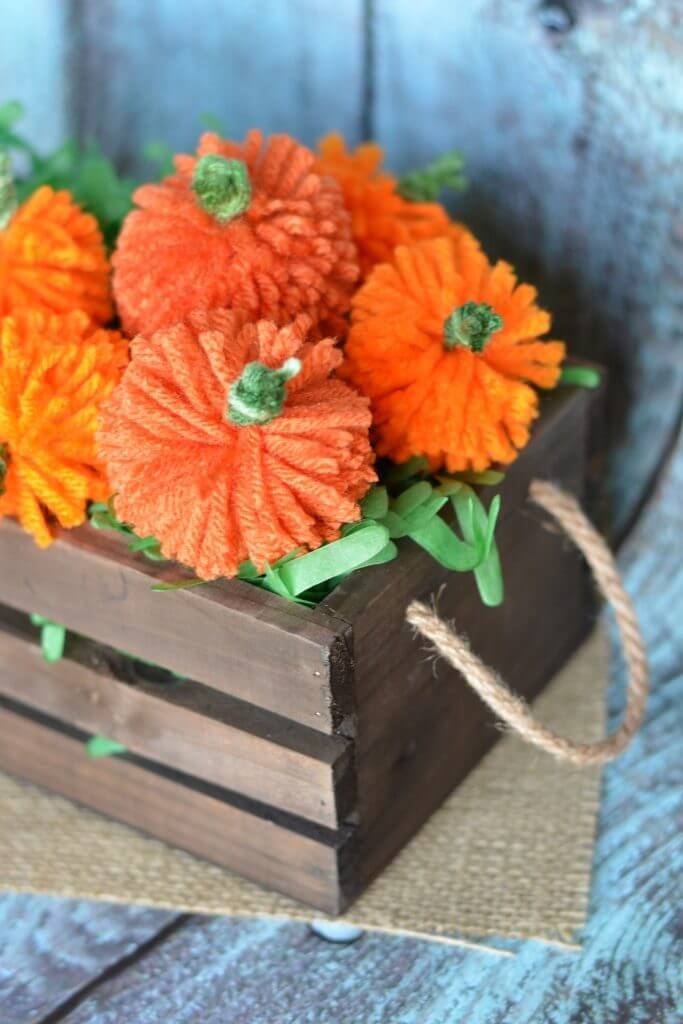 Kid-Friendly DIY Yarn Pumpkin Craft
