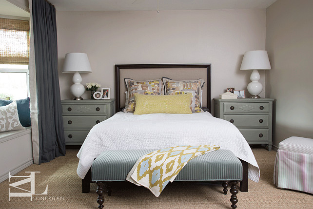 How To Make The Most Of Small Bedroom Spaces