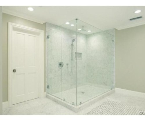Judd-Apatows-home-master-shower-2a058d-576x430