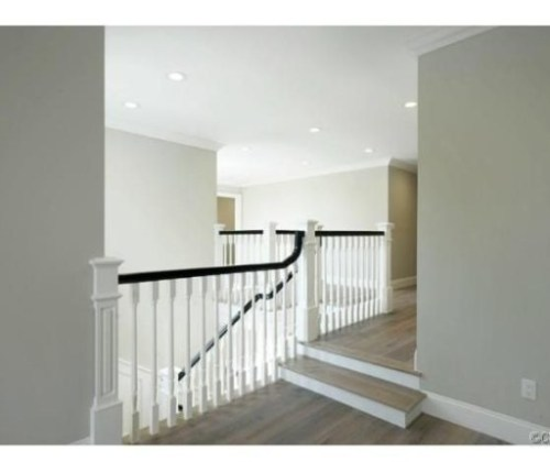 Judd-Apatows-home-stairs-53dac8-585x430