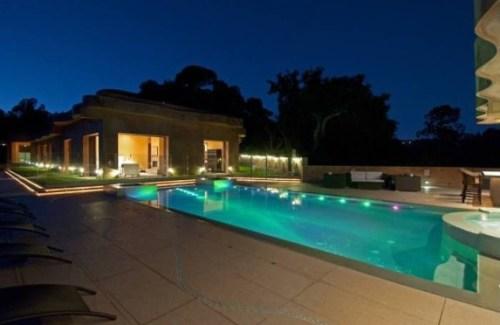 pool-4d5db7-573x430