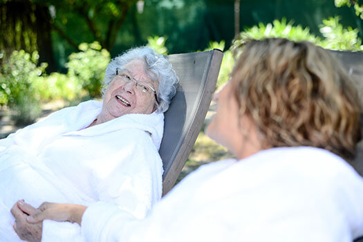 6 Engaging Activities for Seniors with Alzheimer's in Montgomery, AL
