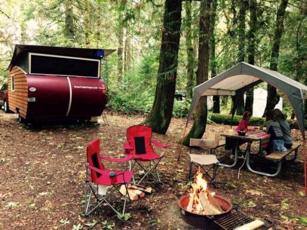 Wood Panel Camper  (1)