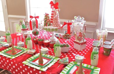 Cute-Table-Decoration-Ideas-with-Snowman-Christmas-Decorations-for-Christmas-Party-Ideas