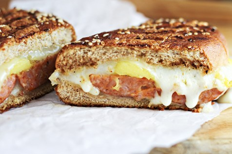 Spicy Sausage and Mango Grilled Cheese Sandwich 10