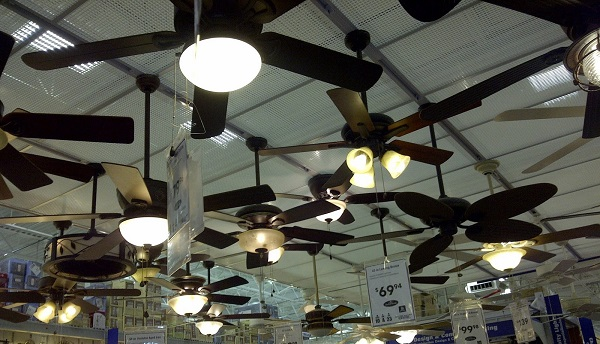 ceiling_fan_display