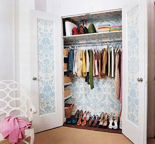 wardrobe-wallpaper