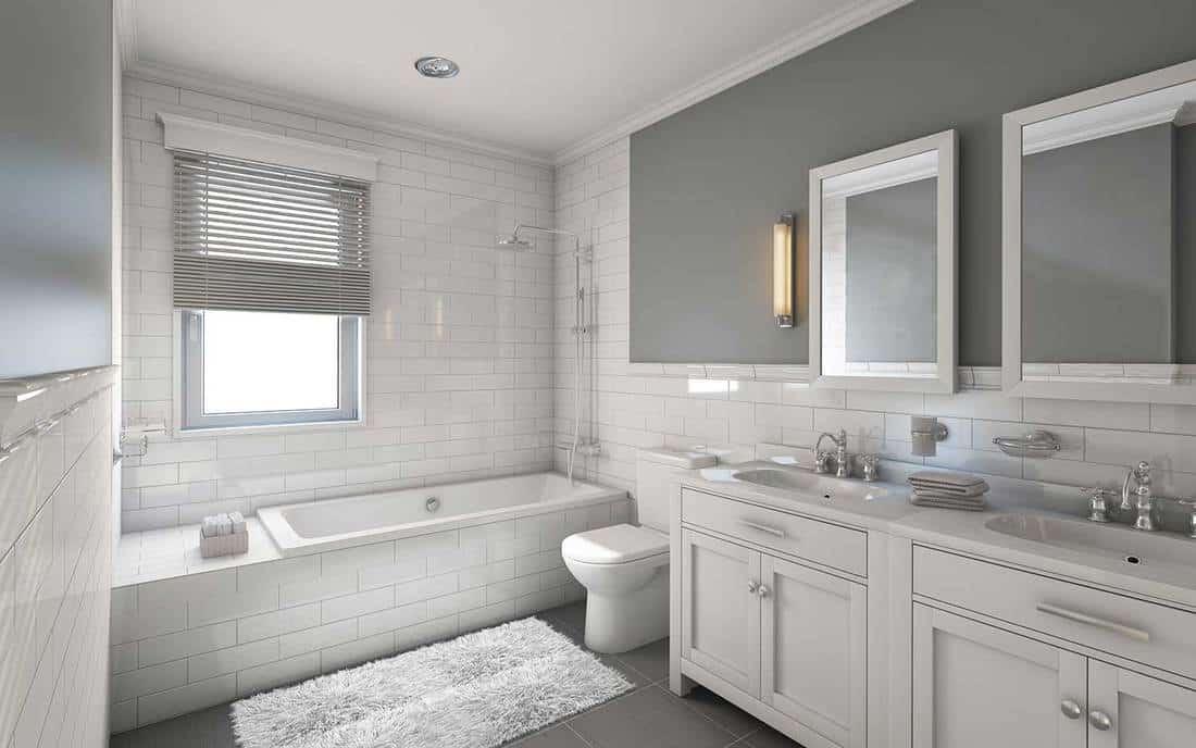 should a bathroom be fully tiled