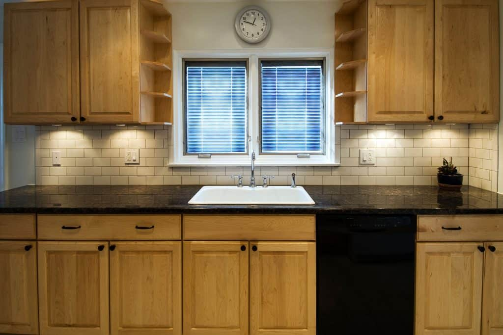What Color Countertops Go With Maple Cabinets Home Decor Bliss