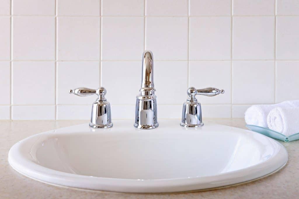 hairline crack in a porcelain sink